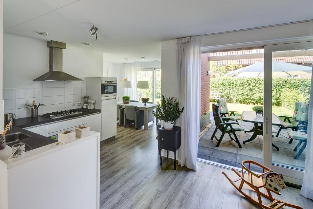 Te huur huurwoning klinckemalaan 8 14 9801 cb te zuidhorn groningen - Eetkamer keuken ...